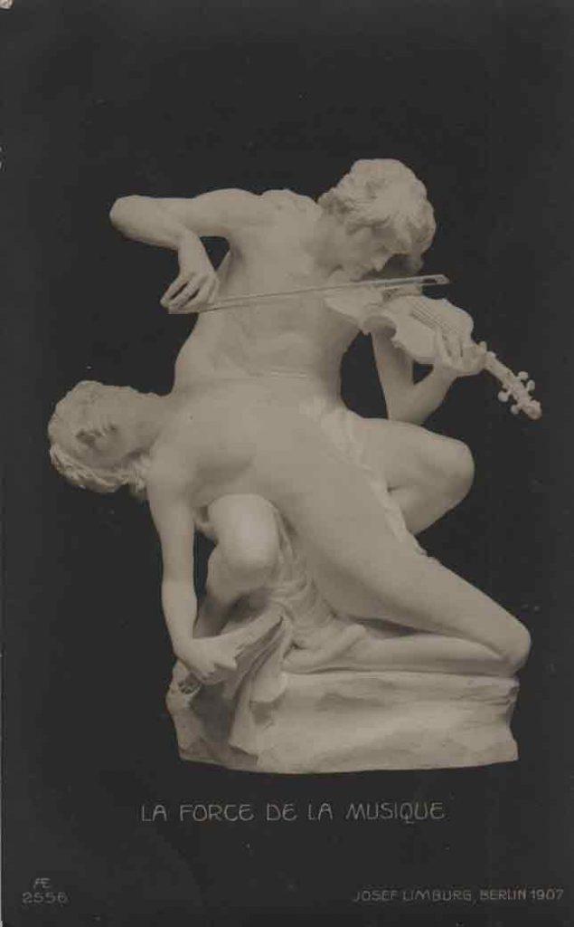Indexation : Sculpture Violon##Auteur : Joseph Limburg##Légende : La force de la musique, Berlin, 1907##Editeur : AE, 2556##Epoque : Ancienne##Propriété : Art-027-mdv