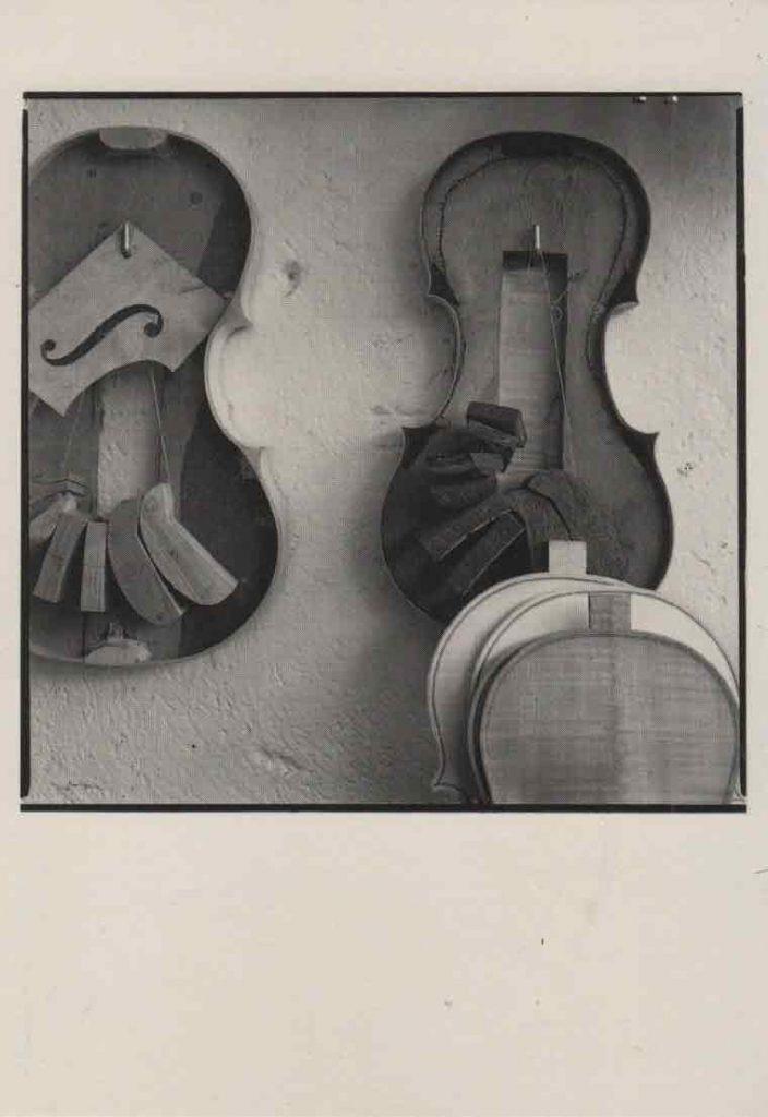Indexation : Atelier « Le Quatuor à cordes », Grenoble##Légende : Modèles pour violon et alto##Epoque : Moderne##Propriété : Pub-031-mdv