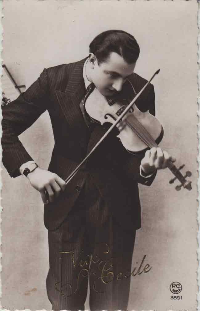 Indexation : Le violoniste##Légende : Vive Ste Cécile##Editeur : P. C. Paris, 3891##Epoque : Ancienne##Propriété : Série01,03-mdv