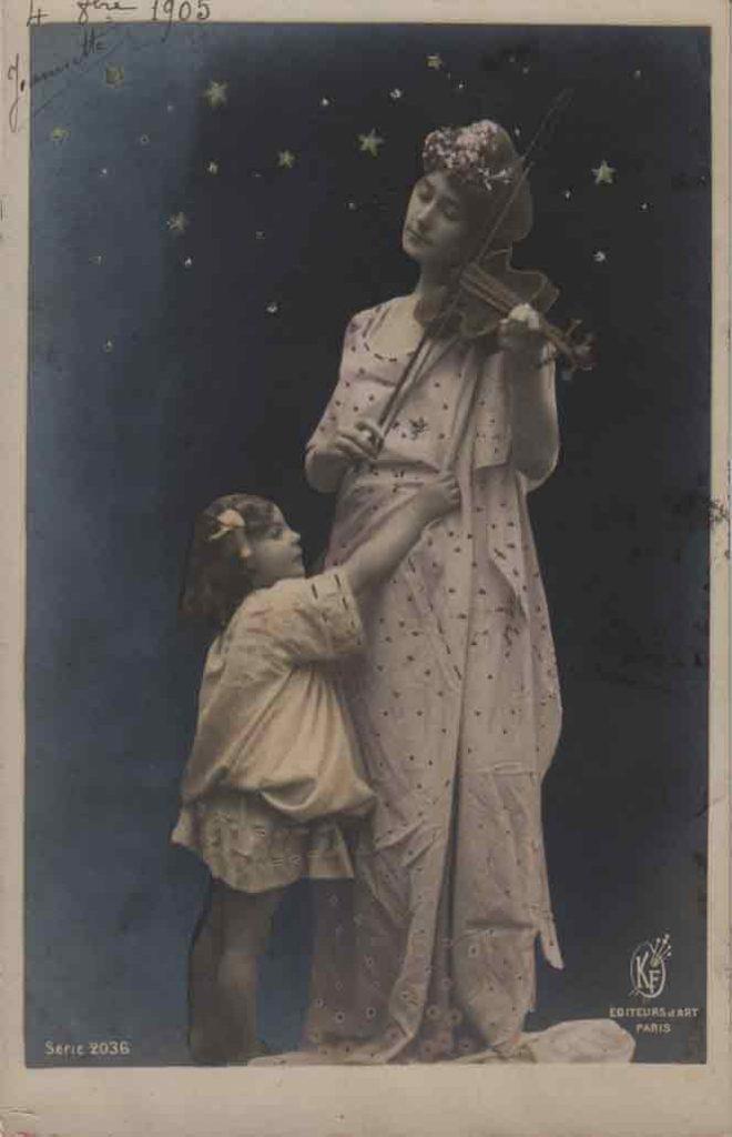 Indexation : Femme et fillette au violon##Editeur : Éditeurs d'Art, Paris, Série 2036##Epoque : Ancienne##Propriété : Série13,04-mdv