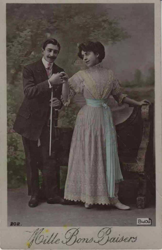 Indexation : Romance au violon##Légende : Mille Bons Biasers##Editeur : Bidou, 202##Epoque : Ancienne##Propriété : Série14,02-mdv