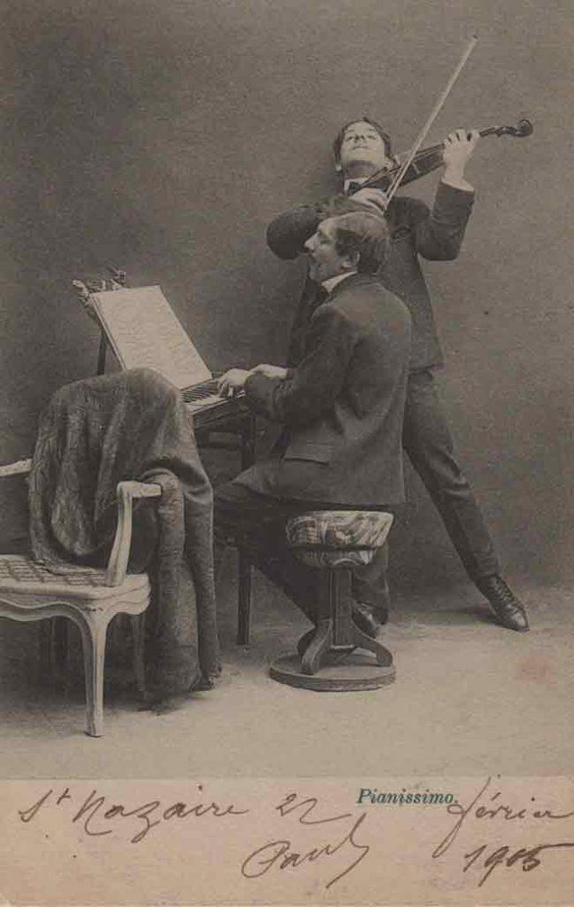 Indexation : Duo piano violon##Légende : Concerto déconcertant, Pianissimo##Editeur : I. A.##Epoque : Ancienne##Date : 1905 (manuscrit)##Propriété : Série16,04-mdv