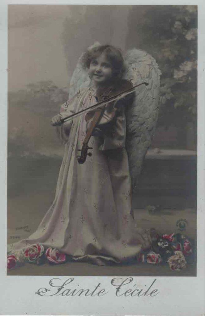 Indexation : Angelot violoniste##Légende : Sainte Cécile##Editeur : Croissant Paris, 3542##Epoque : Ancienne##Propriété : Série06,03-mdv