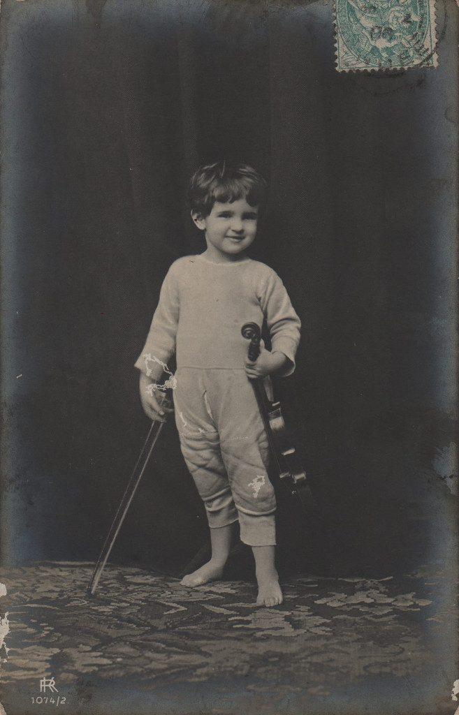 Indexation : Jeune violoniste##Editeur : KR, 1074/2##Epoque : Ancienne##Propriété : Enf-004-mdv