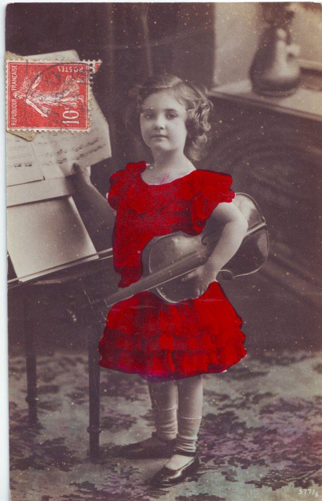 Indexation : Fillette violoniste##Epoque : Ancienne##Propriété : Enf-037-Roy