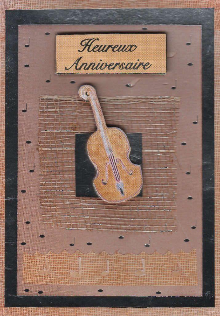 """Indexation : Violon##Légende : """"Heureux anniversaire""""##Epoque : Moderne##Propriété : Fan-031-Roy"""