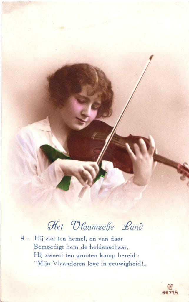"""Indexation : Femme au violon##Légende : """"Het Vlaamsche Land""""##Editeur : GLC, 6671/4##Epoque : Ancienne##Propriété : Por-023-Roy"""