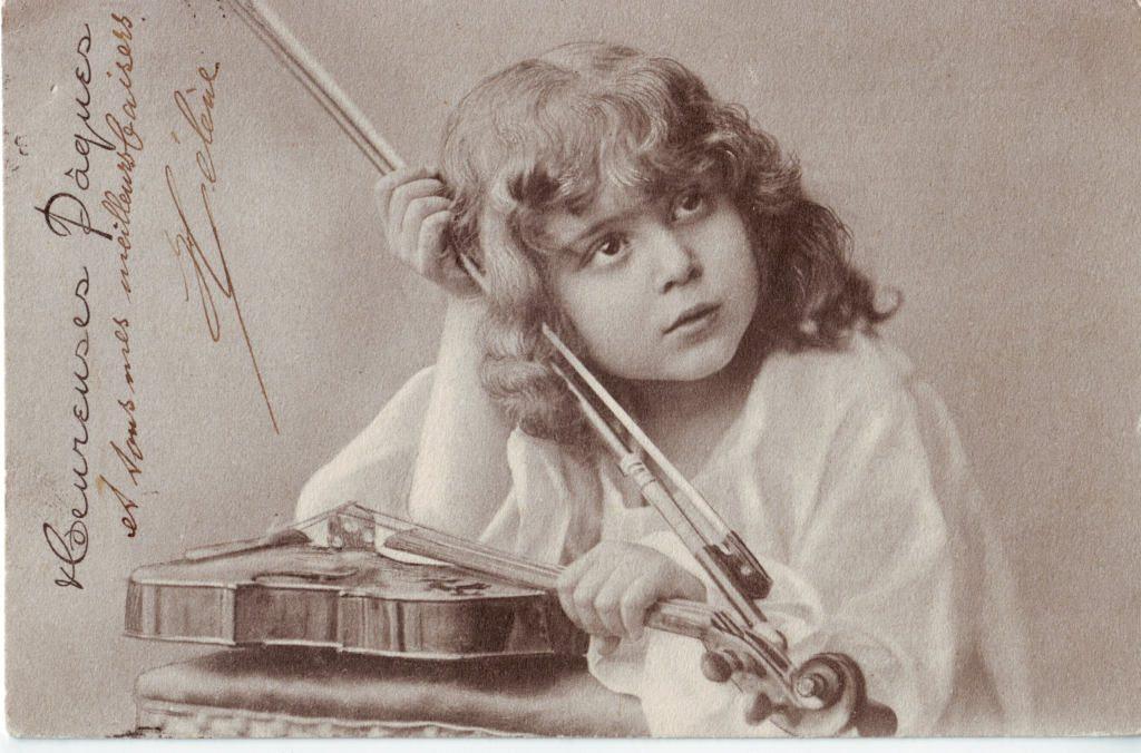 Indexation : Fillette au violon##Date : 1903 (manuscrit)##Epoque : Ancienne##Propriété : Série19,01-Roy
