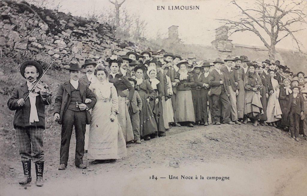 """Indexation : Noce en Limousin##Légende : """"Une noce à la campagne""""##Editeur : n°184##Epoque : Ancienne##Propriété : Folk-054-Fau"""